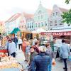 Hoheiten beim Cottbuser Bauernmarkt