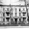 Cottbus. Die Puschkinpromenade 10 wurde 1877 als Mietshaus errichtet. Bis 1992 Lazarett der Sowjets