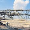 Aus der Förderbrücke wird eine riesige Baustelle