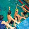 Schwimmen und Rennen