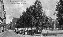 Altes Forst: Der Lindenplatz samt Lindenstraße