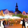 Die Stadt tanzt im Walzertakt