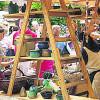 30 Töpfer zeigen Handwerksarbeit zum Töpfermarkt in Burg