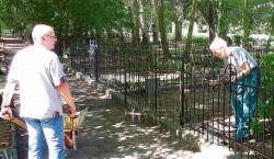 Arbeitseinsatz auf Spremberger Georgenbergfriedhof