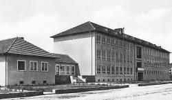 Bilder aus der alten Neißestadt Guben: Ingrid Braun erlebte die Schulpremiere
