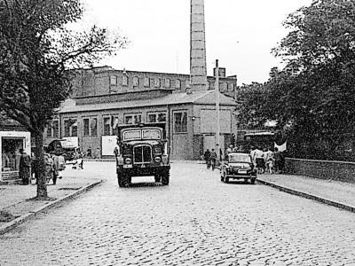Bilder aus dem alten Cottbus: Die Fahrzeuge sind noch da