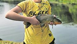 Cottbus: Auch imWinter einen dicken Fisch an Land ziehen!
