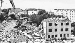 """Altes Senftenberg: """"Bergbauhaus"""" in der Bergbaustraße wurde abgerissen"""