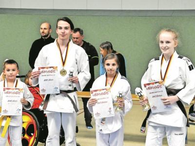 SAKURA Judo-Sportler trumpften bei Herbstturnier stark auf