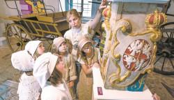 Auf den Spuren alter Berufe im Senftenberger Schloss