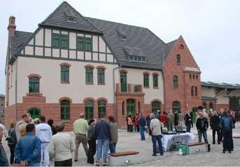 Bahnhof Welzow öffnet als Besucherzentrum für Bergbautouristen