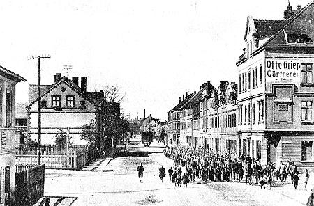 Spremberg: Die Stadtbahn folgt den Soldaten