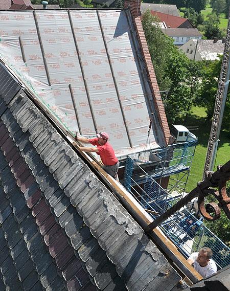 Dachdecker - Handwerker ohne Höhenflüge