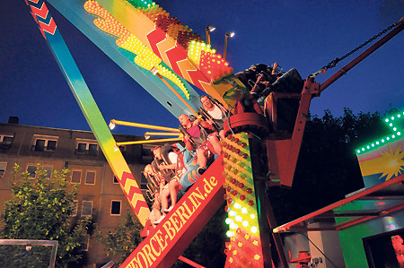 Cottbus: Stadtfest multikulti zwischen Stadthalle und Spree