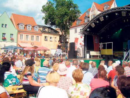 Senftenberg: Auf zum Sommer-Tanz unterm Riesenrad