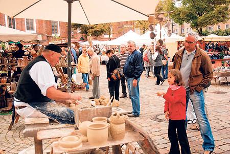 Töpferfest vor alten Cottbuser Mauern am 12. und 13. 9.