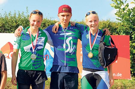 470 Sportler beim 21. Cottbuser Triathlon rund um die Lagune