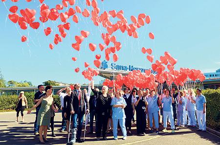 Herzballons werben für Hygiene