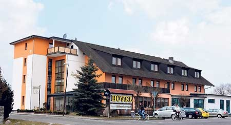 Neuer Festsaal lädt nach Cottbus-Willmersdorf ein am 13.3.