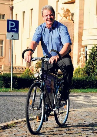 """Frank Szymanski: Der """"Cottbuser Junge"""" wird jetzt 60"""