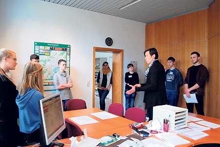 Zukunftstag: Schüler schnuppern im Landratsamt OSL