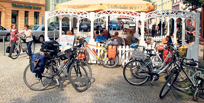 Fahrräder über Fahrräder in Spremberg