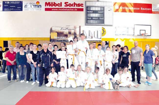 Sakura sichert sich 16 Medaillen in Bischhofswerda
