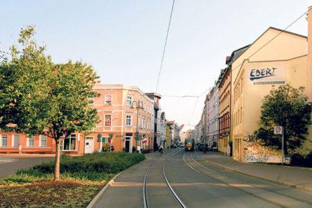 Cottbus: Friedrich-Ebert-Straße - Reges Leben auf dem Weg in den Norden der Stadt
