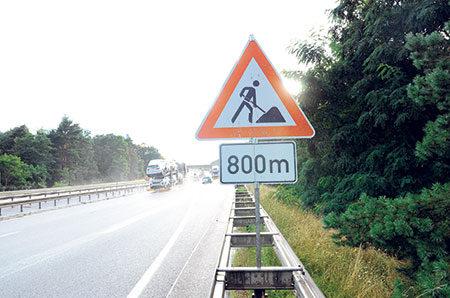 Region: Unterschätzte Nässe - 72 000 Unfälle auf feuchter Fahrbahn jährlich