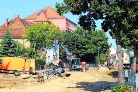 Blick auf die Baustelle in der Calauer Straße in Höhe der Otto-Rindt-Oberschule Foto: T Richter-Zippack
