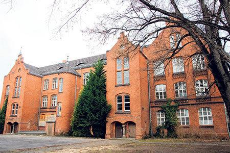 Senftenberg: Alte Realschule wird zum Hotel