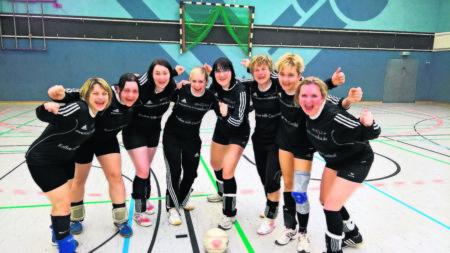 Faustball: Bademeuseler Damen holen Ticket zur Deutschen Meisterschaft