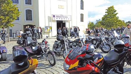 Segen für Biker in der Stadtkirche