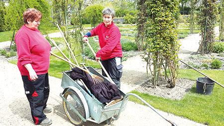 Frühlingsduft im Forster Rosengarten