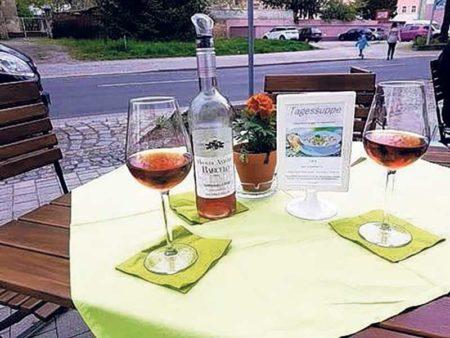 Spremberg: Einfach mal feiern mit guten Tropfen