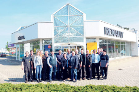 Cottbus: Wohlfühlbetrieb für Kunden und  Mitarbeiter feiert 40 Jahre Bestehen