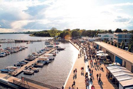 Senftenberg: Loona rockt den Stadthafen