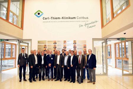 Cottbus: Unternehmer auf Krankenhausvisite
