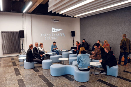 Cottbus: Der Theater-Warteraum ist nun ein Begegnungsort