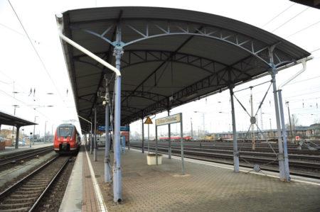 Cottbus: Bahnsteig ohne Dach