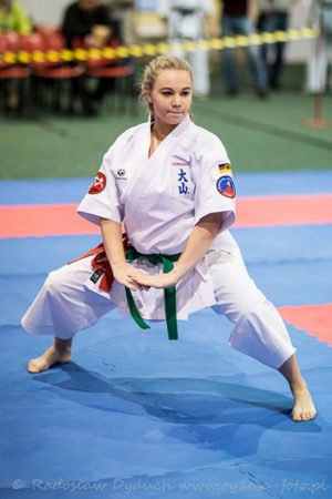 Unternehmer fördert Karate-As