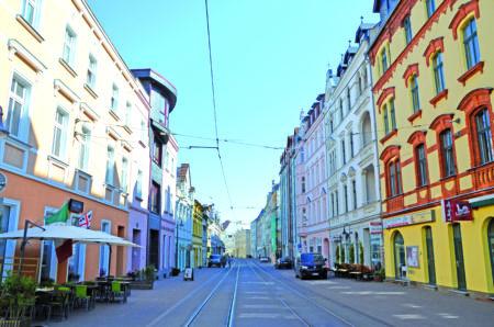 Friedrich-Ebert-Straße: Handwerk und Genuss im Zentrum