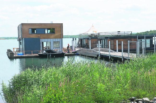 Radelnd unterwegs zwischen malerischen Teichen und Seen