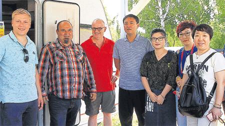 Delegation der chinesischen Botschaft besucht Senftenberger Rathaus