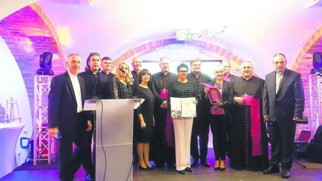 "Rektor des Gubener Naemi-Wilke-Stiftes erhält Sonderpreis auf ""Ubi Caritas"""