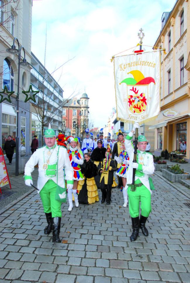 Narren stürmen die Lausitzer Rathäuser am 11.11.18