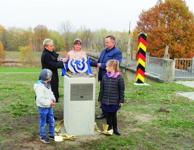 Neunte Forster Grenzrose am 9.11.18 eingeweiht