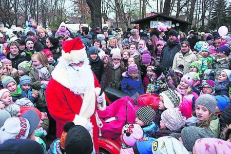 Vetschau: Weihnachtsmarkt im Schloßpark  1. und 2. Dezember 2018