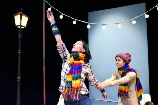 Es regnet Marzipan: Poetisches Tanz-Text-Spiel für Kleinste im Piccolo
