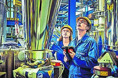 Aufstellen für die Zukunft bei BASF Schwarzheide